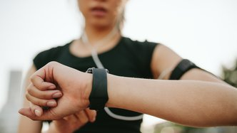 Consumer wearable app deal sees CardieX shares surge 40%