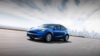 Dancing Musk marks Tesla's Shanghai milestone