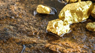 Venus hits near surface high grade gold at Currans
