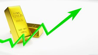 Gold hits seven-year high