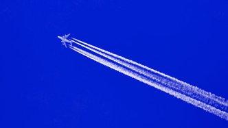 plane-flying-high