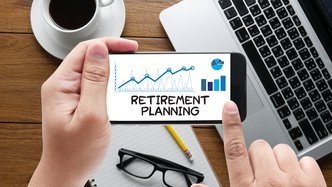Investors should plan to retire debt free